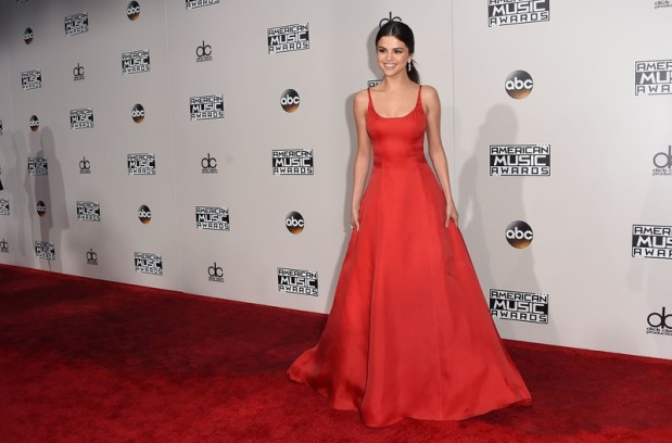 Recording artist Selena Gomez arrives for the 2016 American Music Awards, November 20, 2016 at the Microsoft Theater in Los Angeles, California. / AFP / Valerie Macon (Photo credit should read VALERIE MACON/AFP/Getty Images)